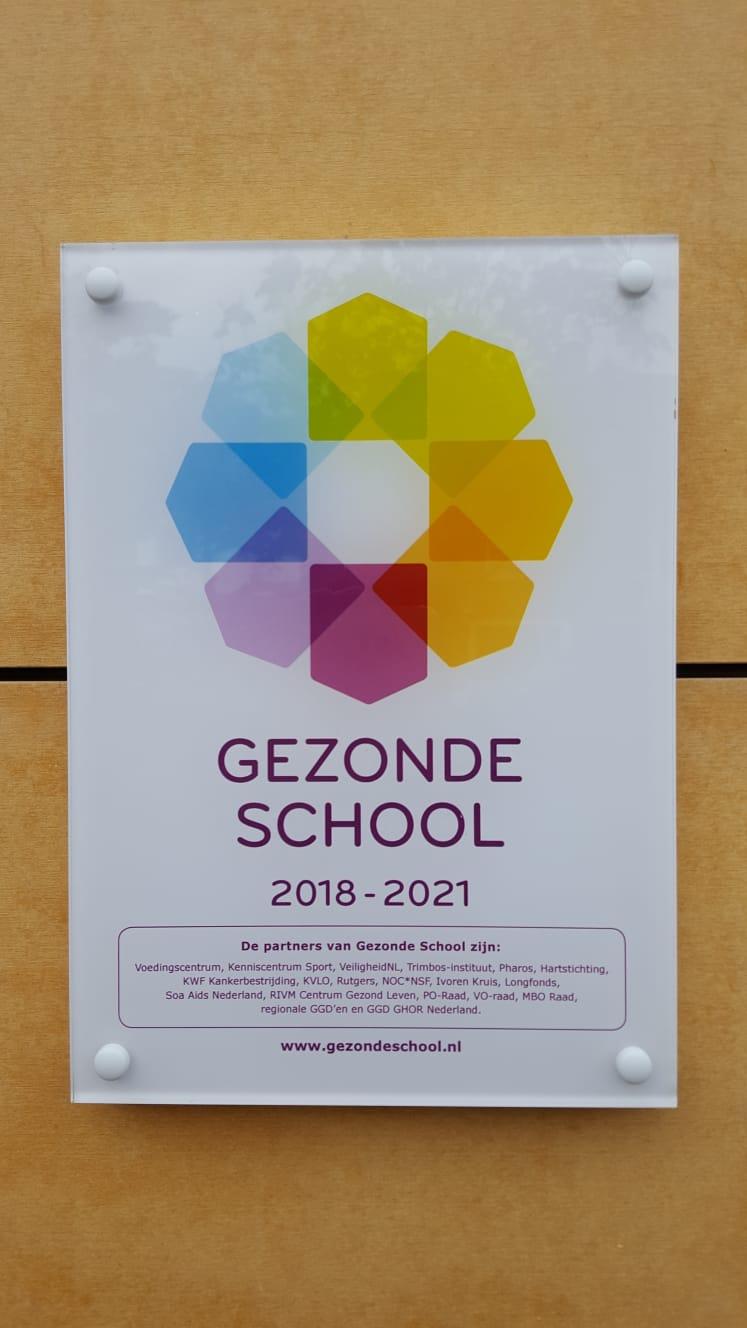 Uitreiking verlengde themacertificaat Voeding van het Vignet Gezonde School op de SBO Michaëlschool